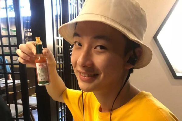 盘尼西林乐队小羊真名叫什么 呆萌鼓手杨宇昊圈粉无数