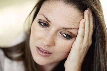 白带发黄是什么原因?女性白带异常要注意这三件事?
