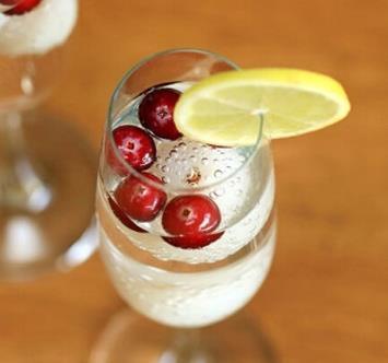 泡荔枝酒要去核吗?荔枝酒要泡多久可以喝?