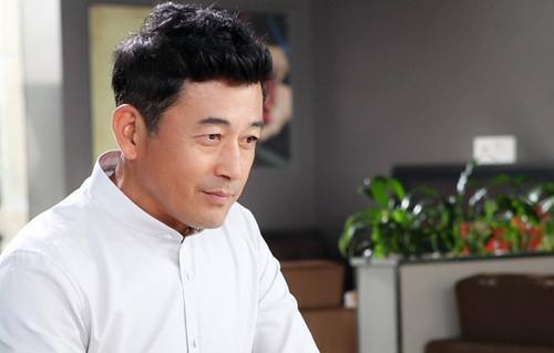 54岁王志飞近况曝光 曾为张歆艺抛弃前妻真实内幕遭扒