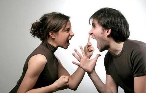 老公外面有人几大征兆 擦亮眼睛别再傻傻被他骗了