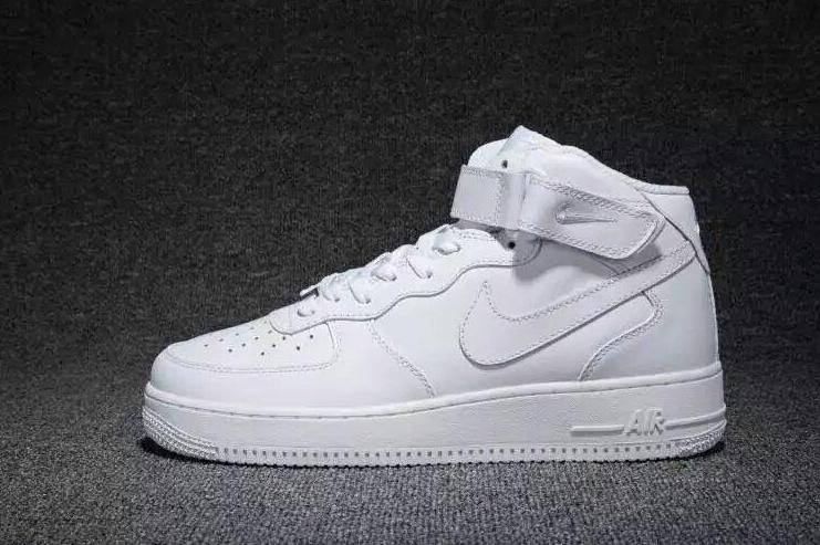 空军一号鞋码偏大还是偏小?耐克空军一号鞋码准吗?