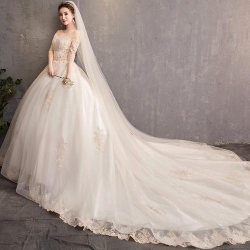 新娘婚纱礼服一字肩款式怎么样?新娘婚纱礼服新款图片