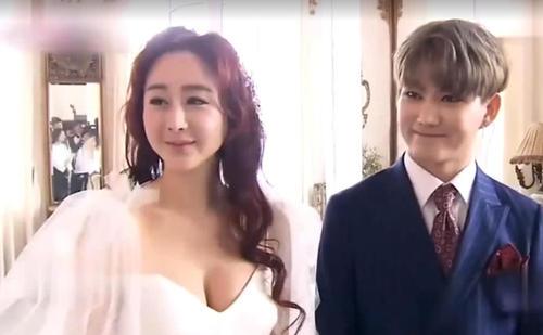 咸素媛年轻时照片罕见曝光,怪不得陈华即使相差18岁也要娶她
