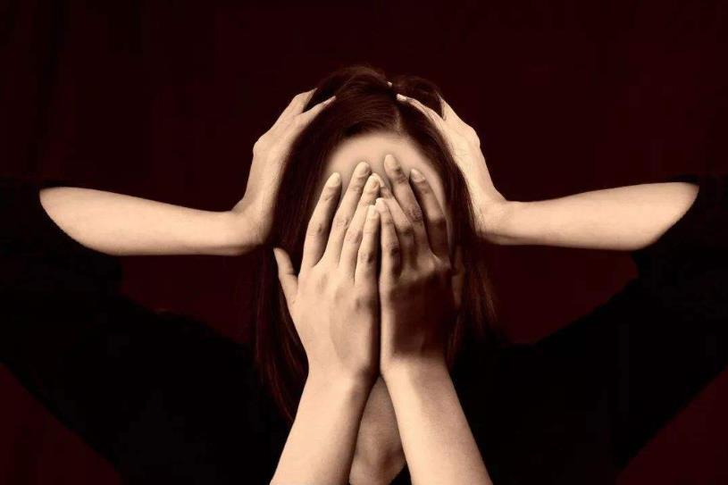 形容累了压抑的句子说说心情,生活烦累压抑的句子