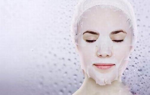 生理盐水敷脸的作用,清洁、镇静肌肤作用!