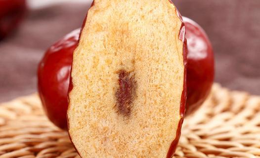 红枣三蒸三凉的功效和作用蒸红枣的功效有哪些