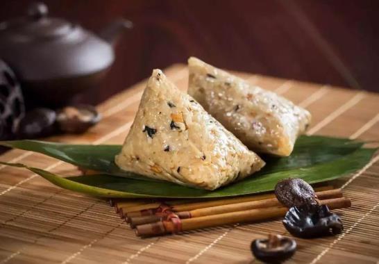 包粽子的肉是五花肉吗?包粽子用长糯米好还是圆糯米好?