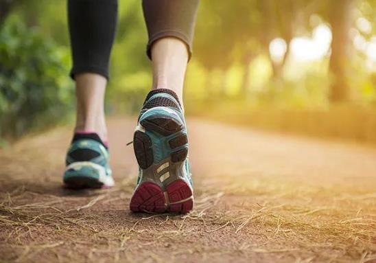 运动强度越大越能消耗脂肪吗?每天慢跑30分钟可以减肥吗?