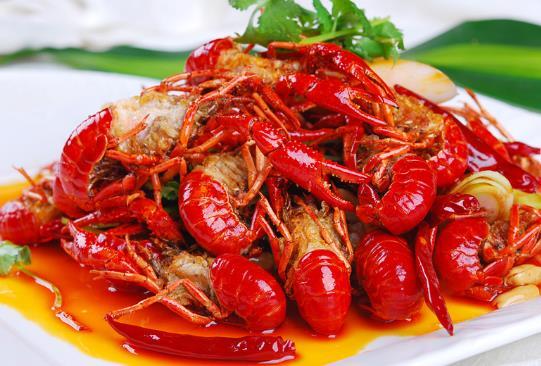 吃小龙虾伤口会导致增生吗?2斤小龙虾够几个人吃?