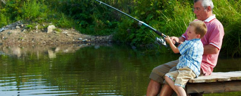 河里钓鱼需要打窝吗,用什么饵料