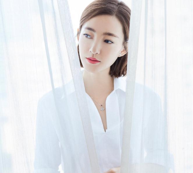 王丽坤最新微博(王丽坤综艺节目跳的兔子舞的)