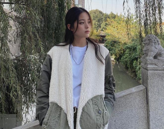 欧阳娜娜身世简历(杨超越和欧阳娜娜是一个人吗)