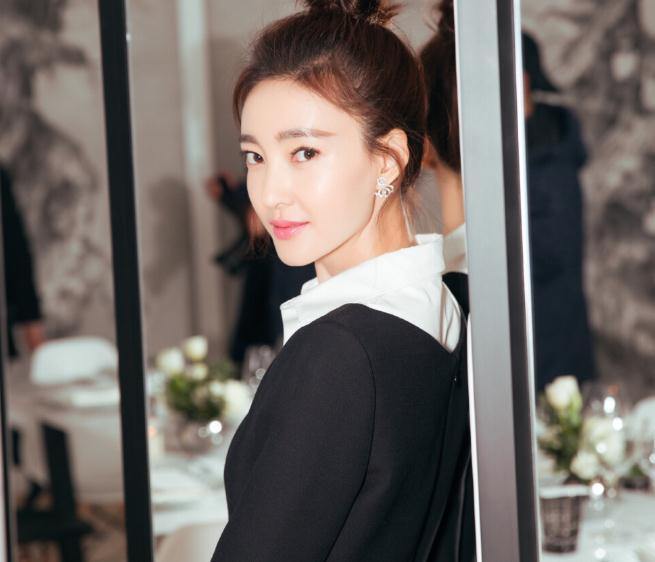 王丽坤个人资料简介及演过的电视剧(王丽坤陈坤综艺)