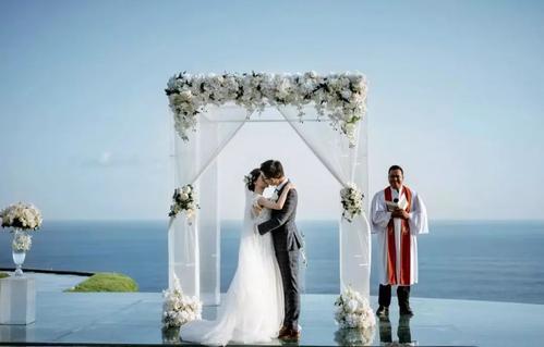 结婚发的朋友圈文案 一句话公布结婚