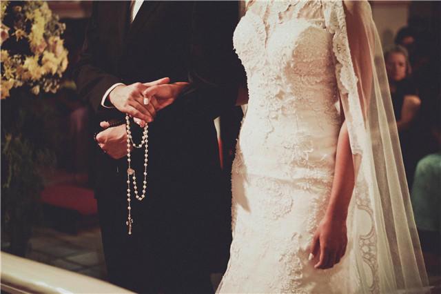 证婚人致辞安排在哪个环节