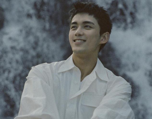 和吴磊长得挺像的一个男星,吴磊个人资料身高