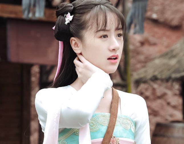 袁冰妍的经纪公司(袁冰妍微博粉丝涨了多少)