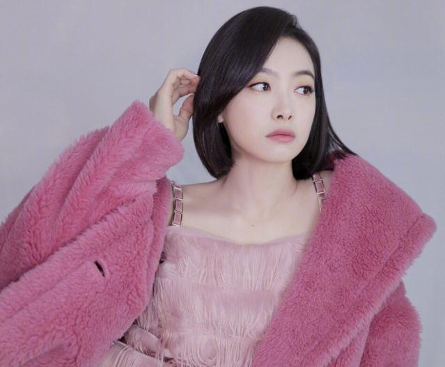 宋茜黄子韬综艺穿的衣服(宋茜单身吗)