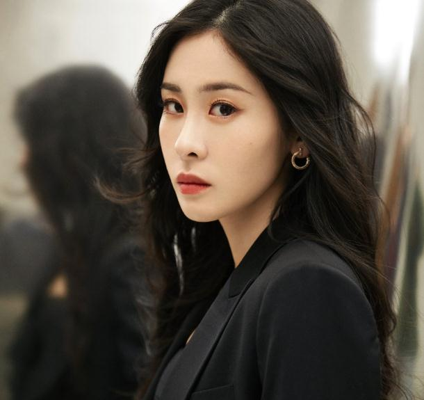 华晨宇和张碧晨已婚生子(张碧晨为了谁进娱乐圈)