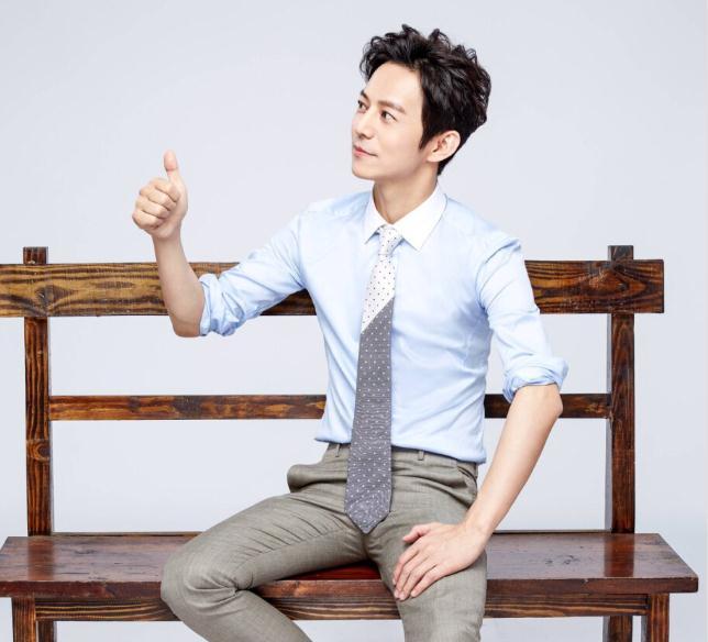 撒贝宁和何炅参加过哪些综艺(何炅年薪是多少)