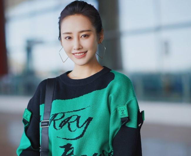 李纯赵丽颖身高(李纯身高不到160)