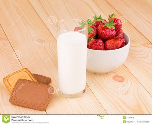 喝牛奶能长高吗?睡前喝牛奶能够长高吗?