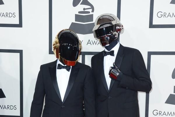 传奇电音组合Daft Punk解散 8分钟影片大爆炸