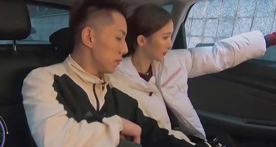 金晨和邓伦分手的原因曝光,金晨卡斯柏恋爱了吗?