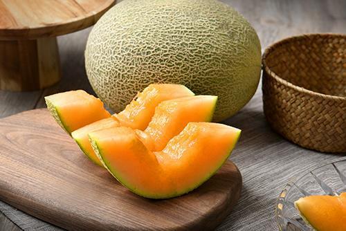 哈密瓜是热性还是凉性,属于凉性水果!